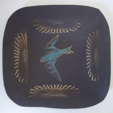 square bird dish
