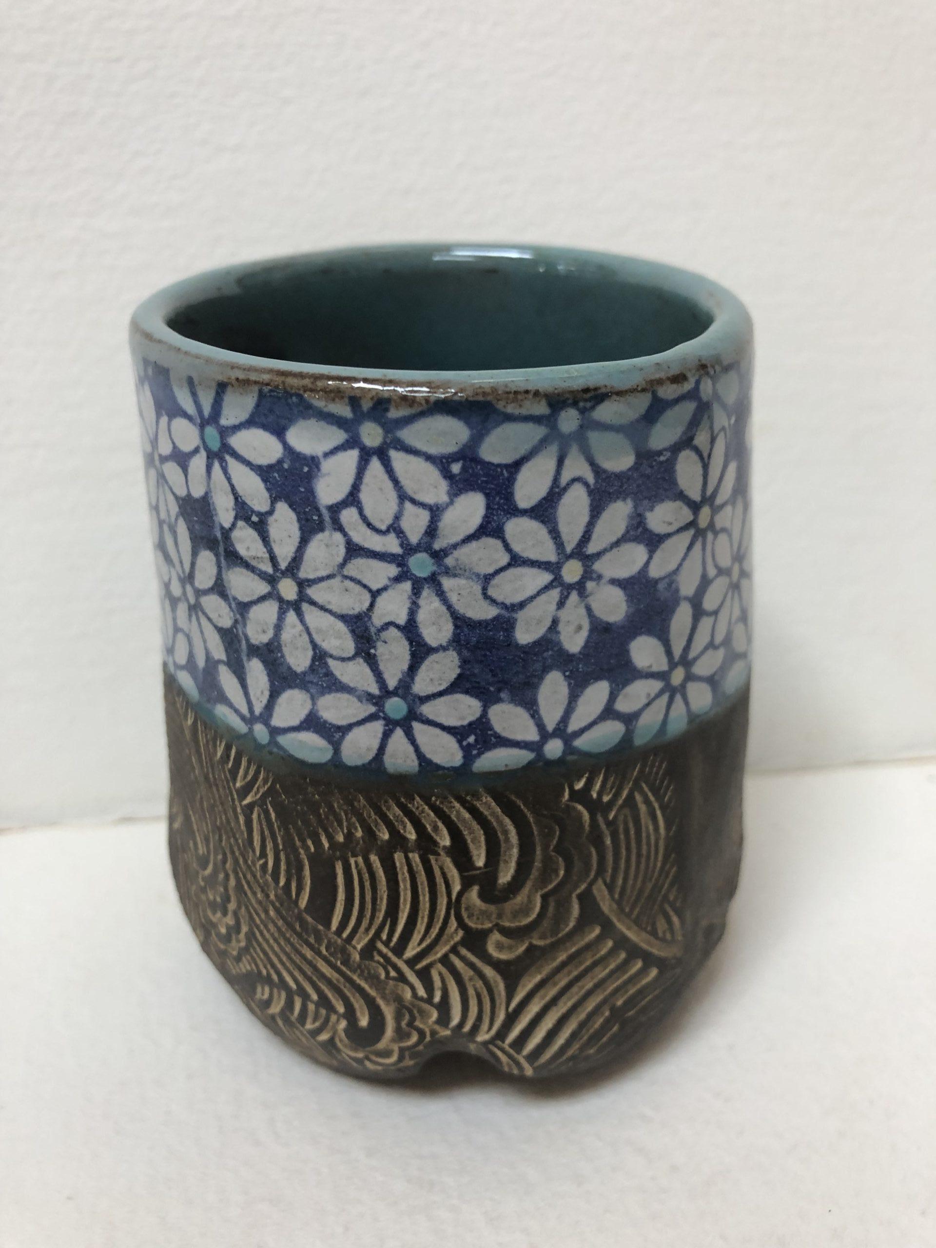Clay daisies stoneware blue white